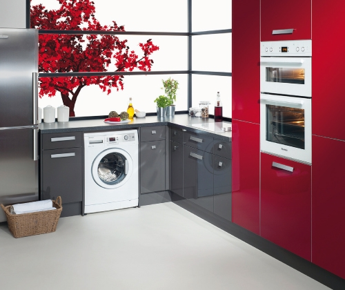 Image of built in kitchen units.